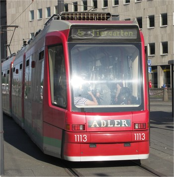 strassenbahn-frontal-350x350